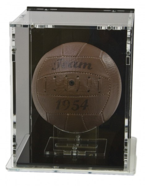 Mini-Fussball Vitrine mit schwarzem Boden und schwarzer Rückwand Bild 2